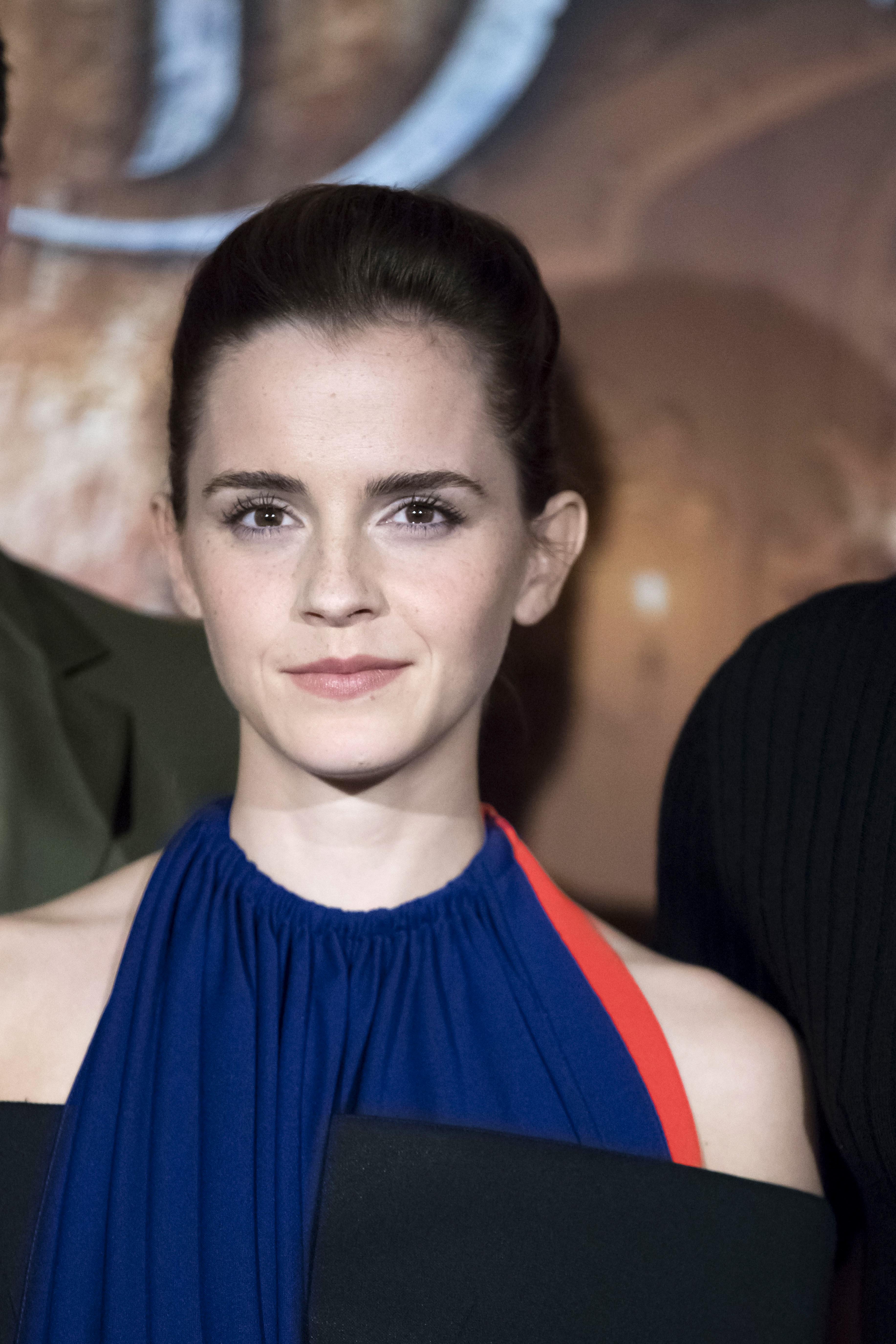 Emma Watson – I Love Her Freckles
