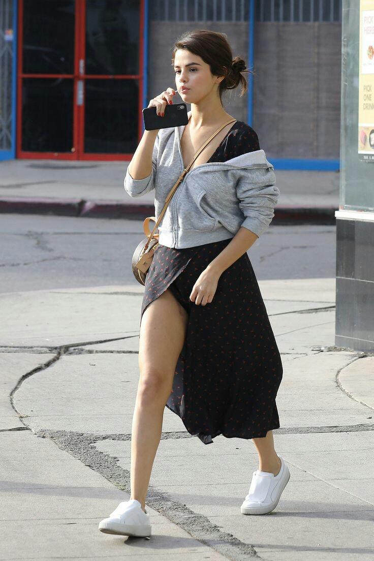 Selena Gomez Outdoor