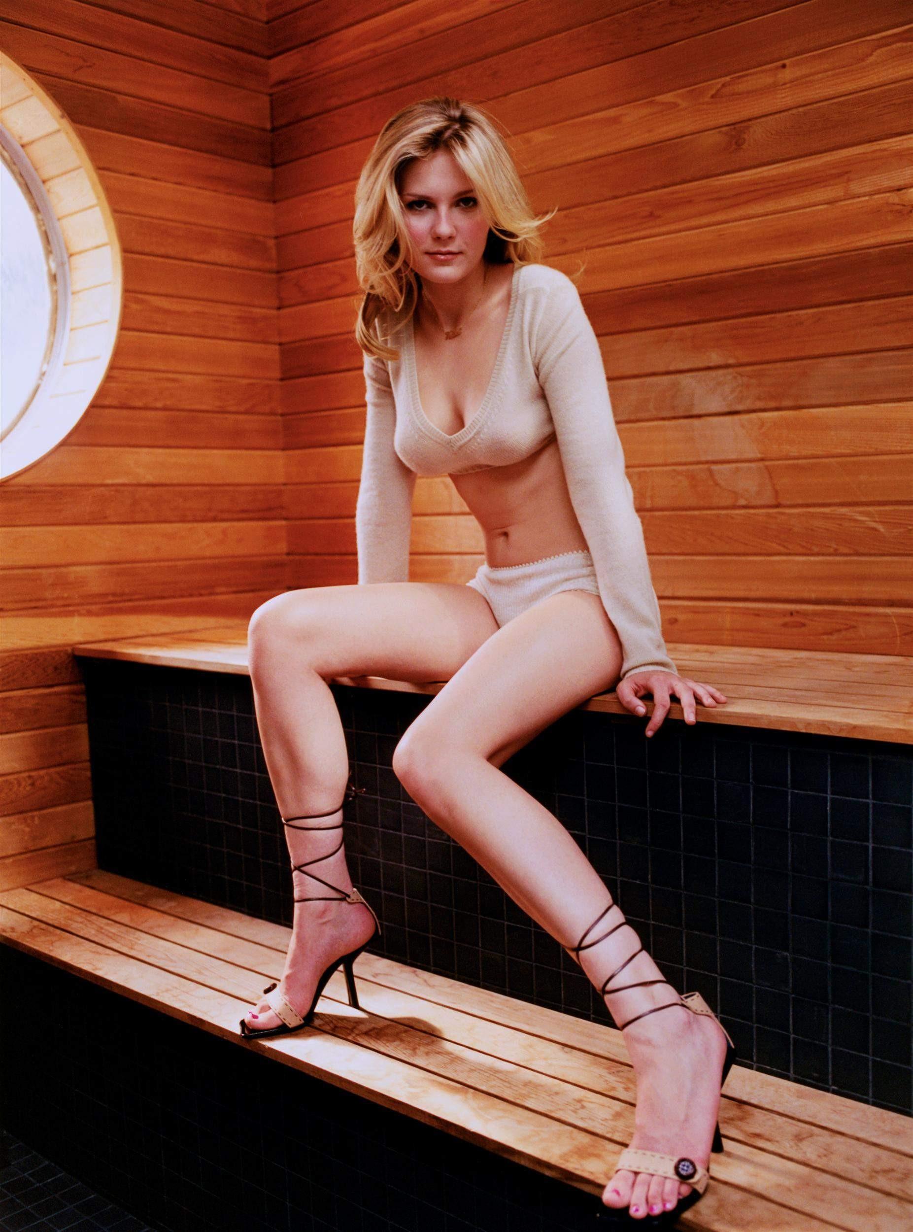 Kirsten Dunst At 18.