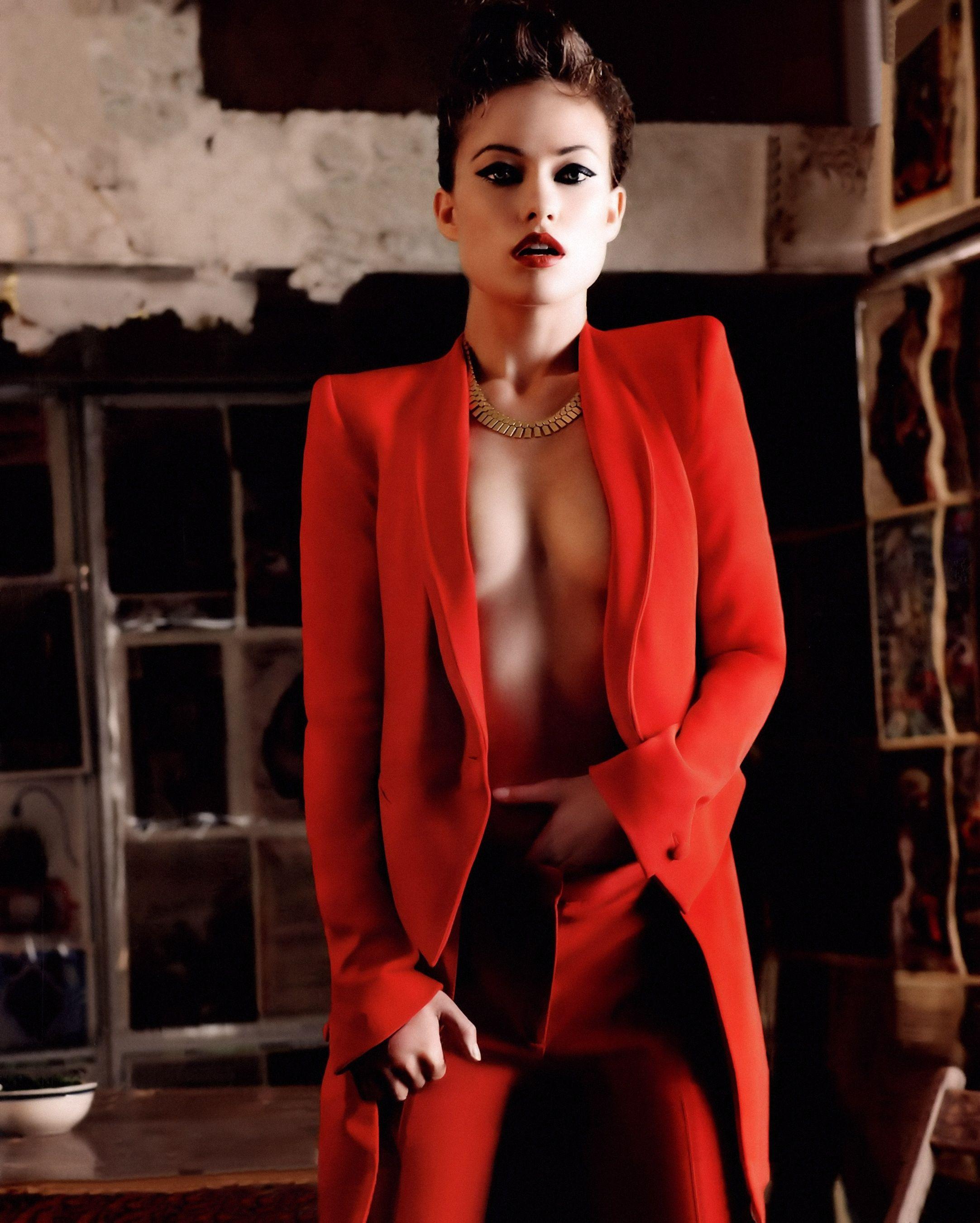 Olivia Wilde – Wild Photoshoot :)