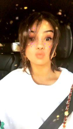Cute – Selena Gomez