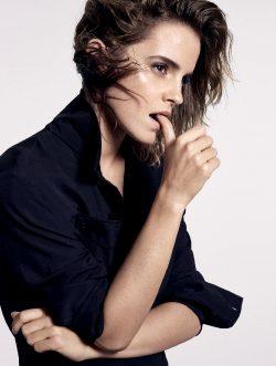 Emma Watson Sucks It