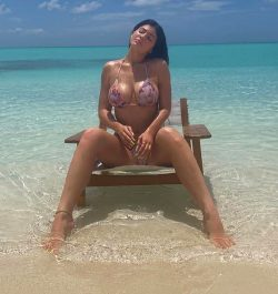 Kylie Jenner ______