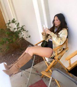 Olivia Munn Legs