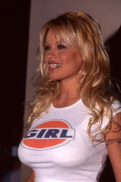 Pamela Anderson Is So Lovely