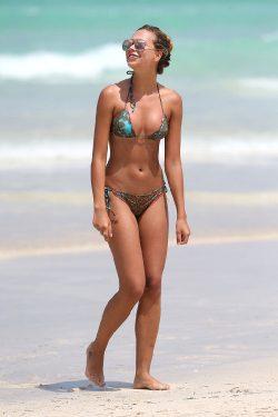 Sandra Kubicka In Miami